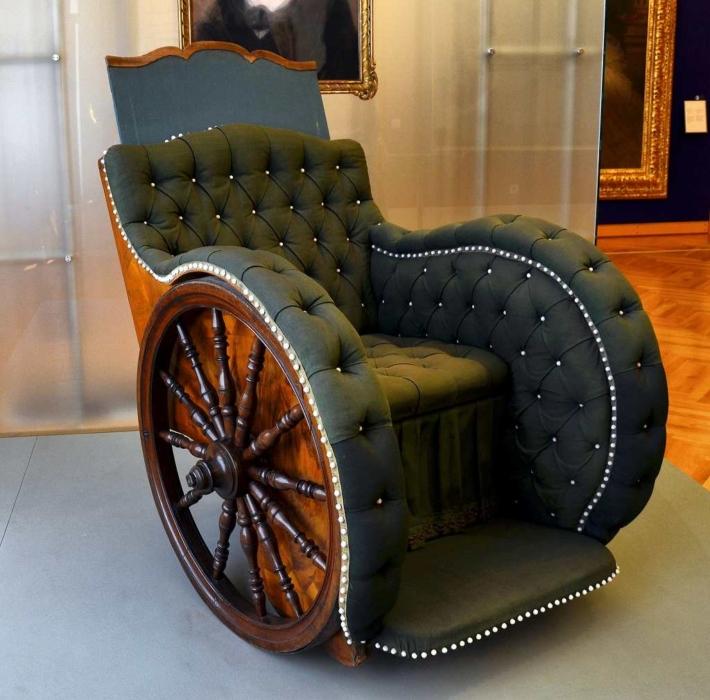豪華な車椅子