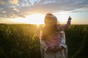 草原の母と娘